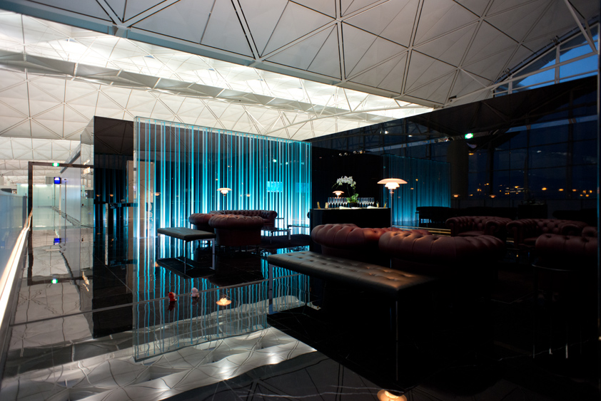 the champagne bar at cathay pacific the wing at hong kong international airport